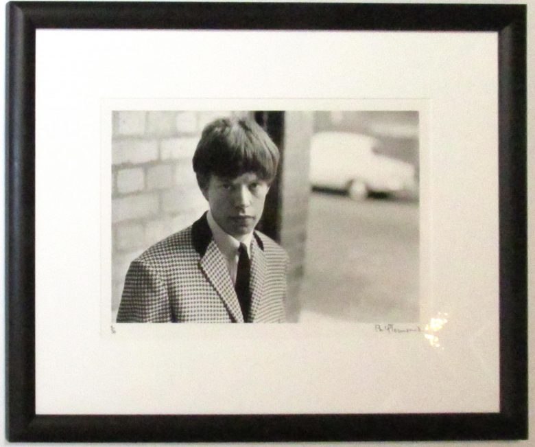 Rolling Stones - Mick in Checkered Jacket (Framed) - IFF0010